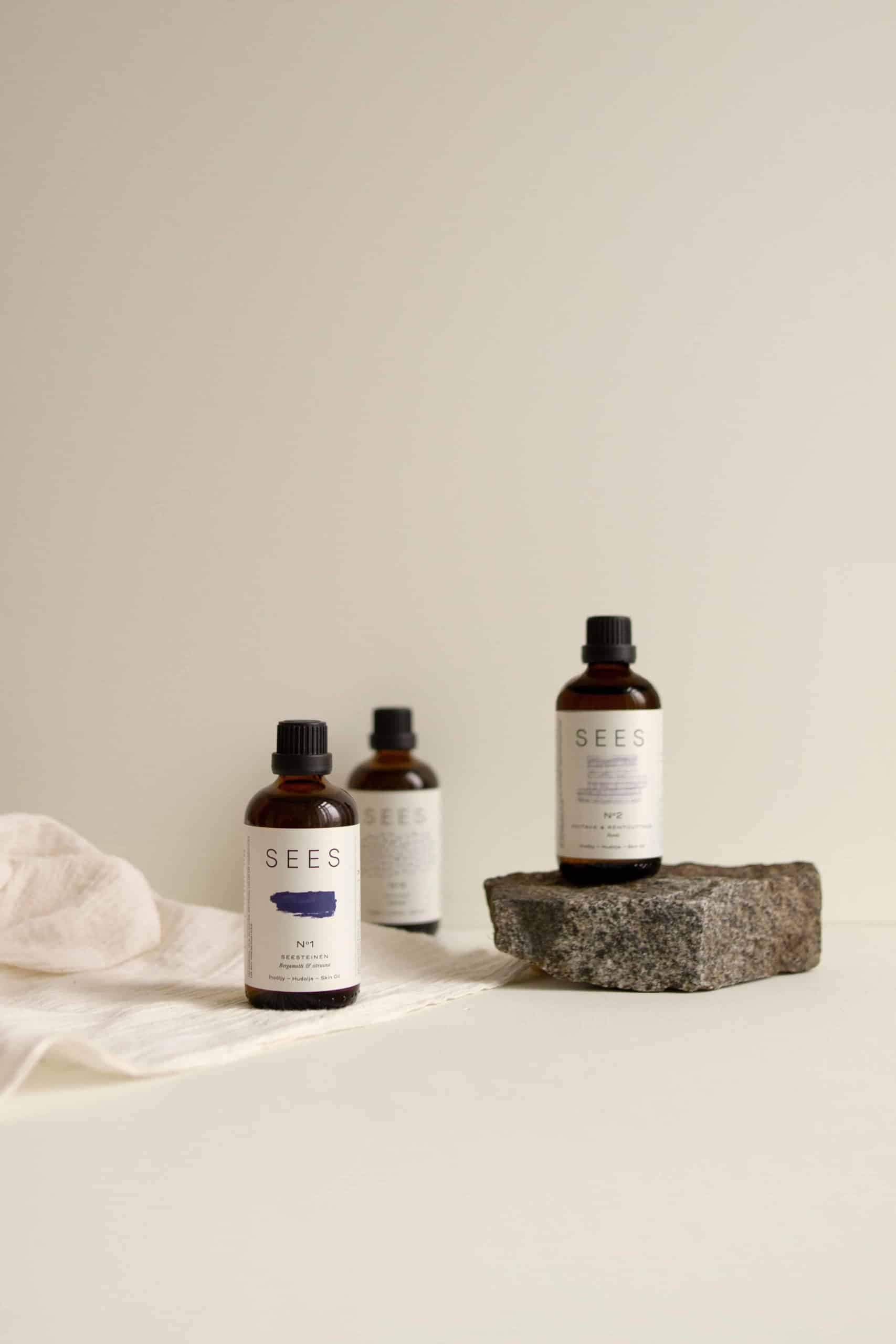 SEES Companyn ihoöljyt kuivalle iholle