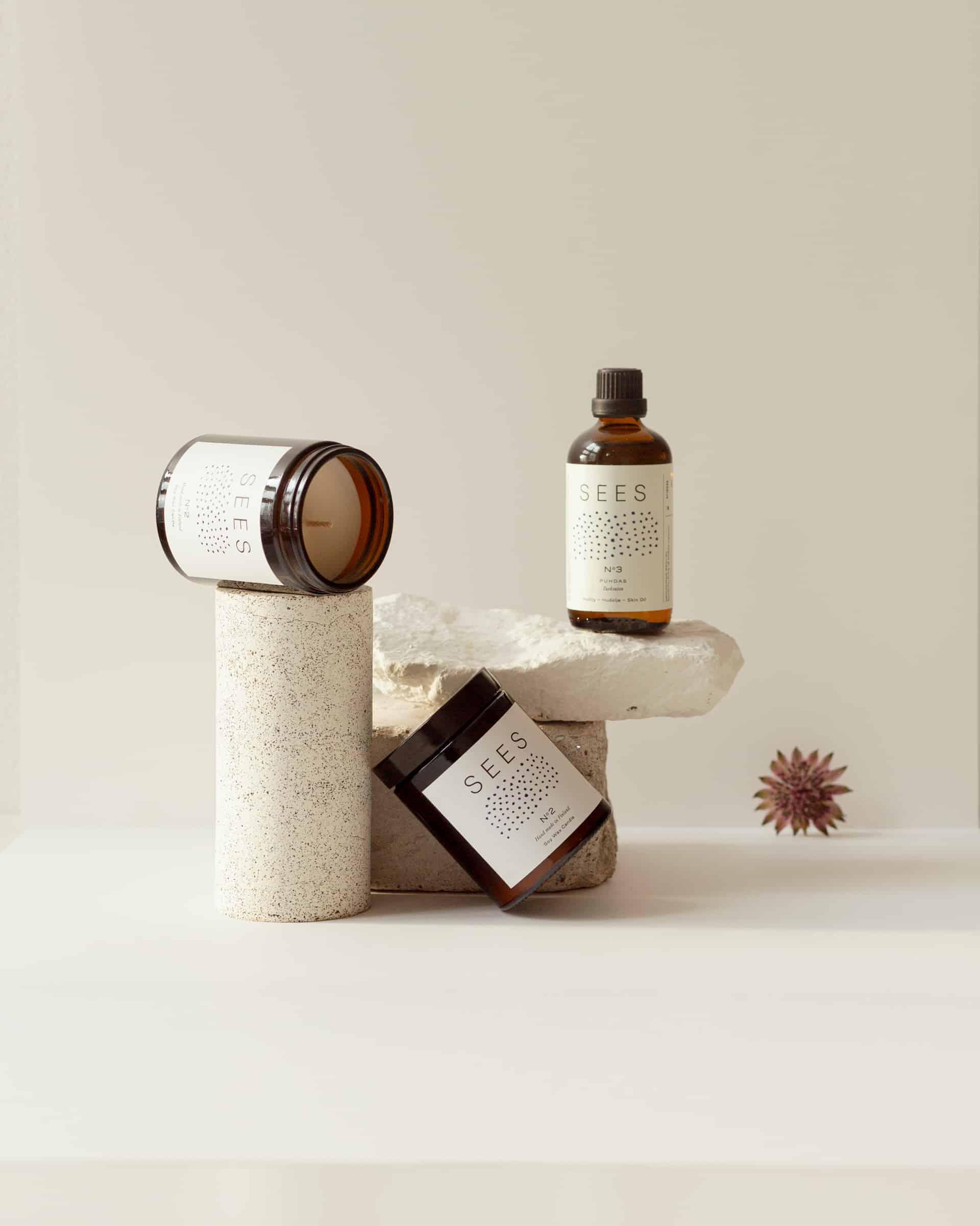 tuoksuton ihoöljy ja tuoksuton soijavahakynttilä hajusteeton puhdas kynttilä
